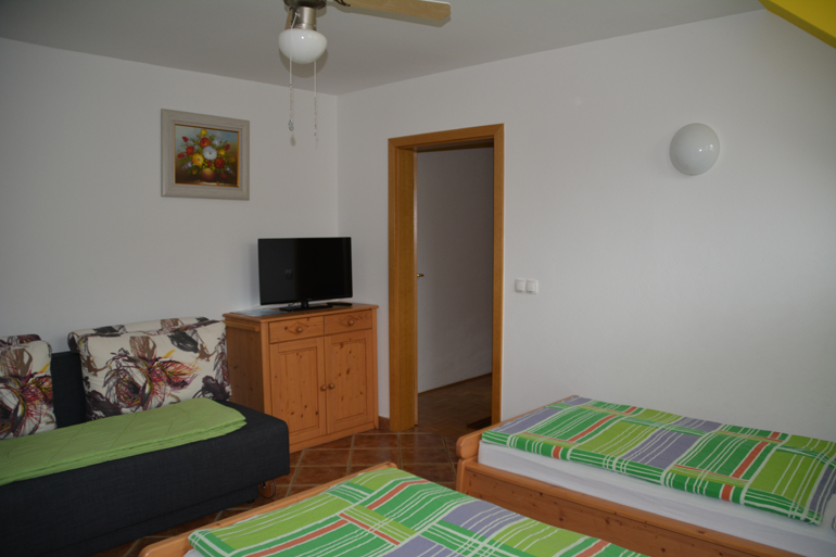 apartma za 4 osebe 1